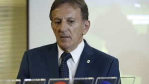 Bolsonaro nomeia Floriano Peixoto para presidência dos Correios