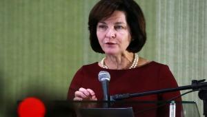 Dodge defende obrigação das escolas de combater discriminações de gênero