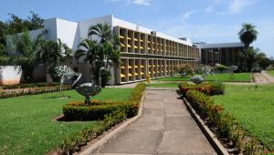Após corte simultâneo, luz da Universidade Federal do Mato Grosso é religada
