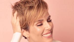 Ana Furtado assume cabelo curto após quimioterapia: 'Repaginada e feliz'
