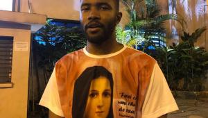Frank Ocean faz visita surpresa ao Rio de Janeiro e vira meme