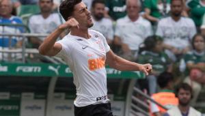 Com dores, Danilo Avelar fica fora de jogo do Corinthians em Ribeirão Preto