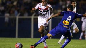 Após estreia como titular no São Paulo, Igor Gomes se diz motivado para o mata-mata do Paulistão
