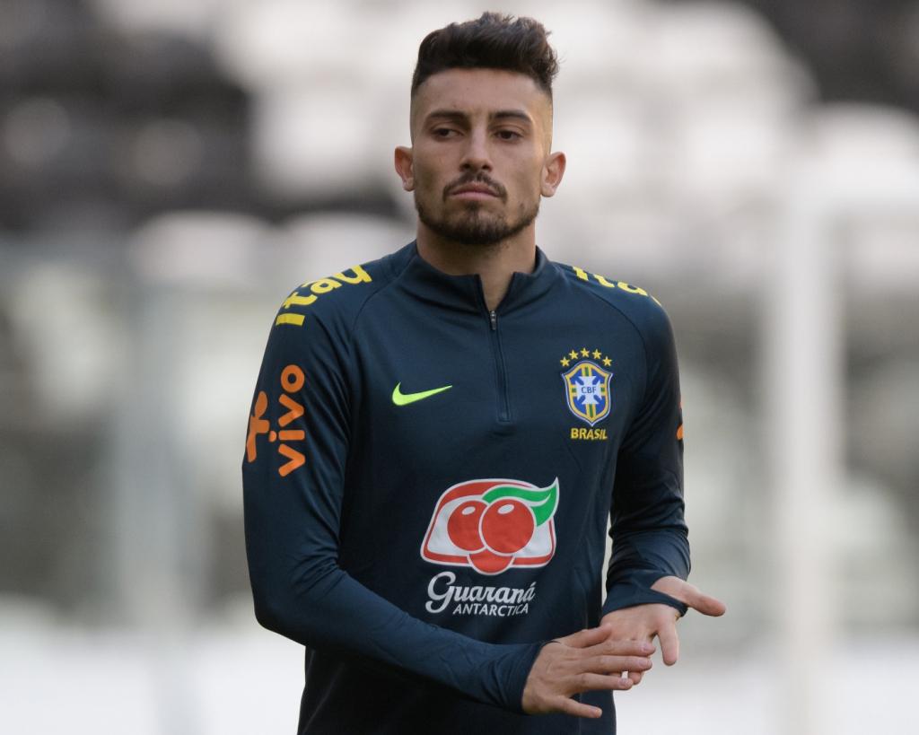 f2442158a Pedro Martins   MoWA Press Alex Telles sofre com forte concorrência na  lateral esquerda. Os próximos jogos da Seleção Brasileira ...