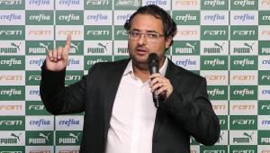 Diretor de futebol do Palmeiras, Alexandre Mattos nega status de 'melhor do país'