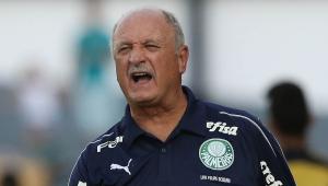 """Felipão minimiza eliminação e promete manter trabalho: """"Vamos jogar o futebol que sempre jogamos"""""""