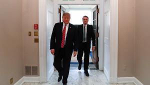 Vera Magalhães: Aproximação de Bolsonaro e Trump pode render saldo positivo
