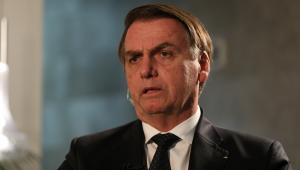Atritos no Brasil são causados pelos que 'não querem largar a velha política', diz Bolsonaro