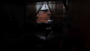 Crise venezuelana faz apagão elétrico virar rotina em Roraima