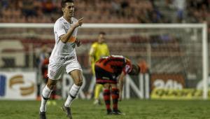 Corinthians bate Ituano com gol de Avelar e garante liderança do grupo C