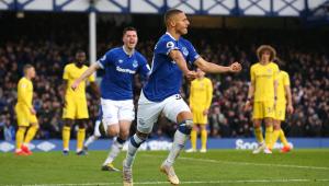 Richarlison brilha e Everton bate o Chelsea pelo Campeonato Inglês