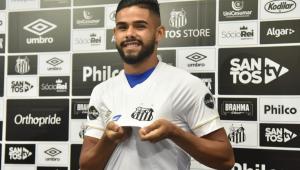 Felipe Jonatan vê jogo contra o Grêmio como crucial: 'Briga direta pelo título'