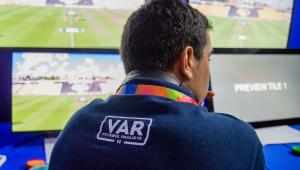 CBF anuncia que vai disponibilizar imagens do VAR na TV a partir do segundo turno