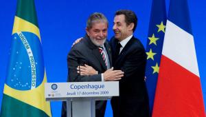 Lula e Sarkozy acertaram propina em compra de submarinos e helicópteros, diz Palocci