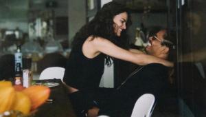 Top model brasileira se casa com filho de Bob Marley em Minas Gerais