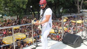Bell Marques lota Ibirapuera em estreia no carnaval de São Paulo