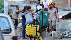 Bombeiros encontram corpo de 20ª vítima do desabamento no RJ