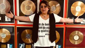 'Como tem gente chata', diz Roberta Miranda após polêmica com Alok