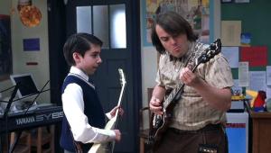 Ator de 'Escola de Rock' é preso por roubo de guitarras