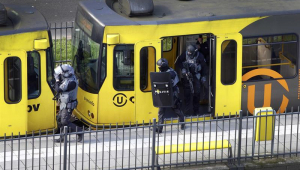 """Atirador de Utrecht agiu movido por """"assuntos familiares"""", diz agência turca"""