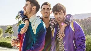 'Happiness Begins': Jonas Brothers anunciam novo álbum para junho