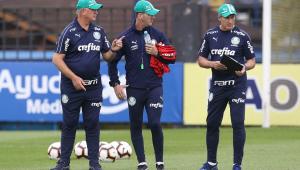 De olho na Libertadores, Felipão volta a comandar treino do Palmeiras