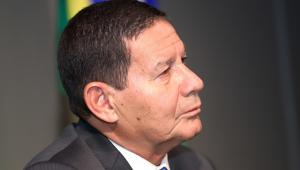 Mourão defende fim da 'proliferação de partidos' e adoção do sistema de voto distrital