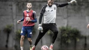 Everson vê aprendizado do Santos com goleada diante do Palmeiras no 1º turno: 'Agora será diferente'