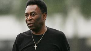 Após deixar hospital, Pelé agradece apoio e diz estar com 'sede de novos gols na vida'