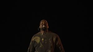 Kanye West lança linha com meias por R$ 200 e moletons por R$ 880