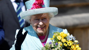 Rainha Elizabeth II completa 93 anos e comemora ao lado da família