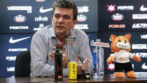 Indignado, Andrés Sanchez fala de notificação da Caixa: 'Não vamos perder o estádio'