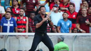 Vasco elogia 'trabalho bom', mas demite Alberto Valentim após derrotas