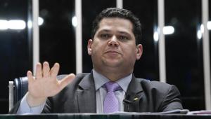 Carlos Andreazza: Alcolumbre gasta R$ 1 mi de verba de gabinete, mas não presta contas