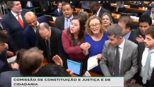 Rodrigo Constantino: PT e PSOL com democracia são como óleo e água