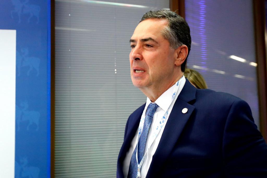 'Lava Jato deixou de ser operação e passou a ser um símbolo', diz Barroso