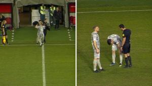 Jogador sai do banco de reservas e se machuca após cinco segundos em campo; assista