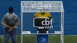 Chefe de arbitragem da CBF elogia VAR no Brasileirão: 'Projeto está no caminho certo'