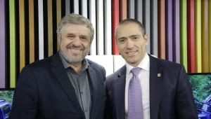 Deputado José Américo detona Ciro Gomes: 'Ele é oportunista politicamente'
