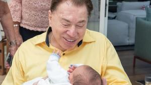 Silvio Santos vira vovô coruja em cerimônia de circuncisão do neto
