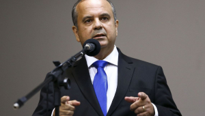 Marinho negocia com trabalhadores propostas de reforma sindical