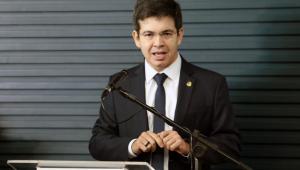 Senadores vão pedir impeachment de Alexandre de Moraes e Dias Toffoli