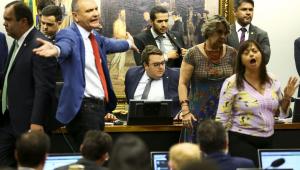 Na CCJ, Francischini ironiza petistas: 'Falam de liberdade e processam o Gentili'