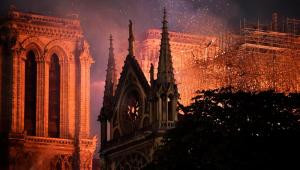 Seis meses depois do incêndio, cresce interesse de turistas por Notre-Dame