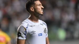 Jogadores do Santos lamentam ausência de Sampaoli no banco de reservas