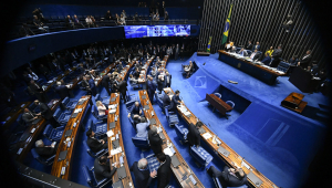 Após reviravolta, Senado aprova projeto que regulamenta o fundo eleitoral com alterações