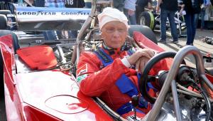 Niki Lauda era parecido com Senna e recebeu grandes homenagens na Itália