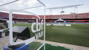 Palmeiras, Fla e outros clubes do Brasileirão pedem mudanças no VAR