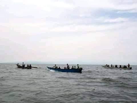 Oito jogadores de futebol morrem após naufrágio em Uganda