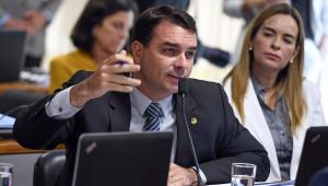 Justiça do RJ nega suspensão da quebra de sigilo de Flávio Bolsonaro